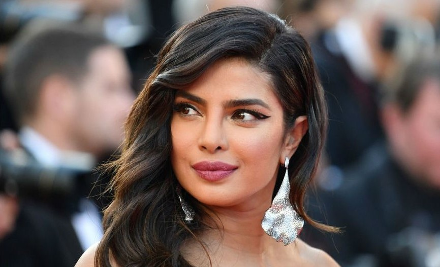 8 Bollywood Stunners Share Their Main Beauty Routines, And We Can't Wait To Try Them | Her Beauty