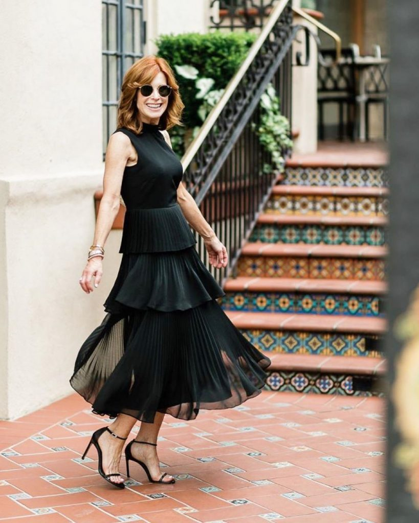 athy Williamson LBD| 12Over-50 Women With Ridiculously Good Style | Her Beauty