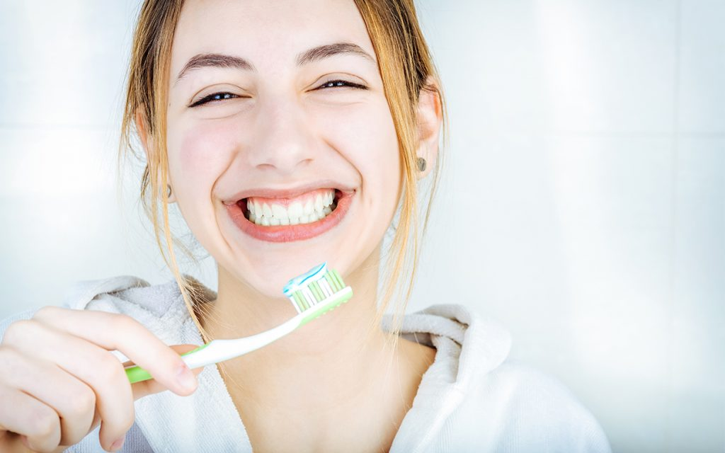 Dental routine | Everything You Need To Know AboutCharcoal Toothpaste | Her Beauty