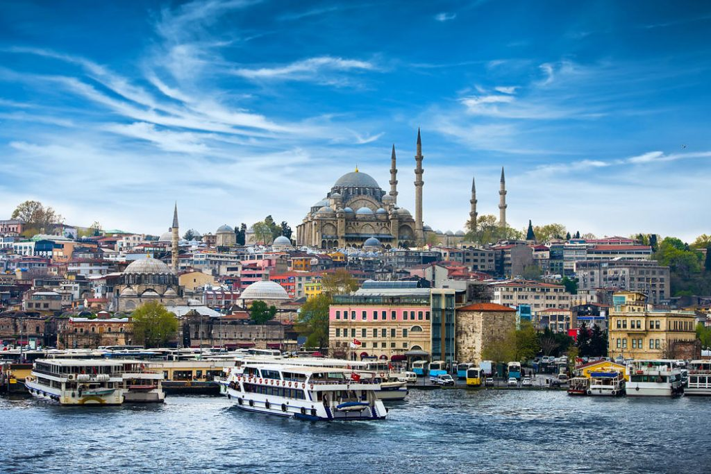Istanbul, Turkey | 10 of Europe's Cheapest Cities for Fall Travel | Her Beauty