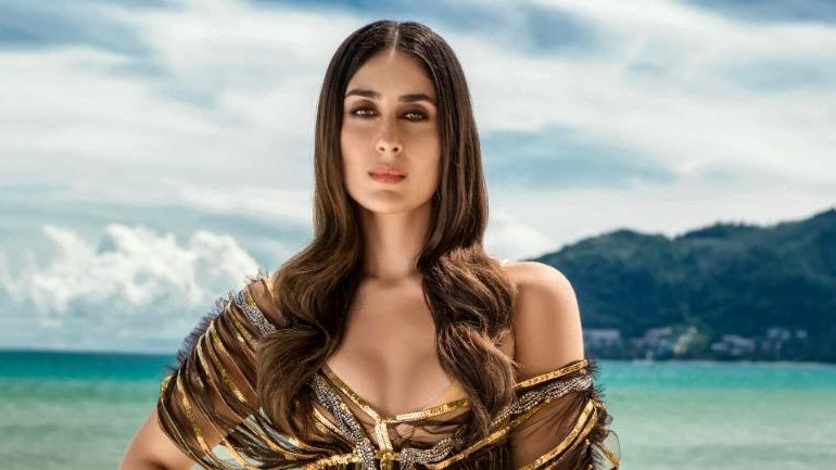 Kareena Kapoor Khan| 8 Bollywood Stunners Share Their Main Beauty Routines, And We Can't Wait To Try Them | Her Beauty