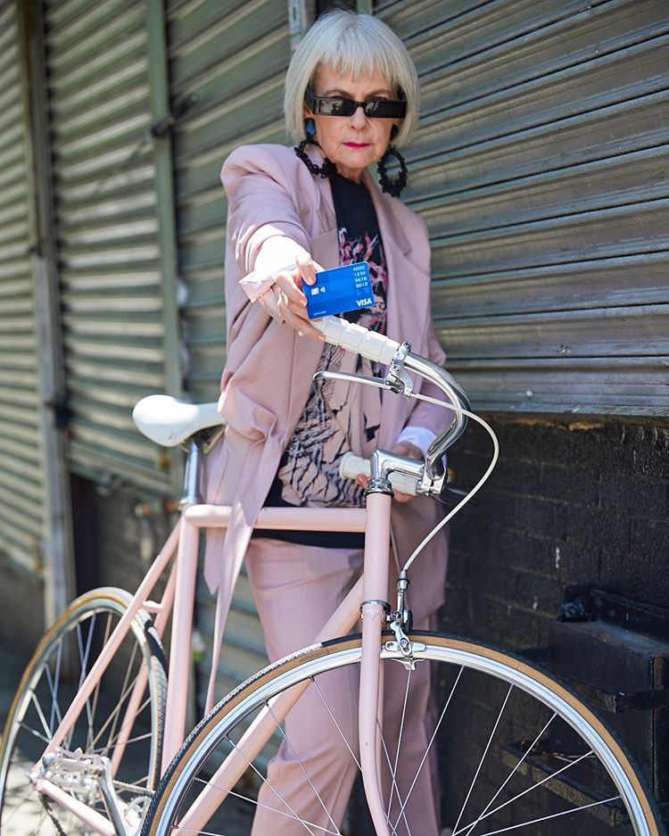 Lyn Slater | 12 Over-50 Women With Ridiculously Good Style | Her Beauty