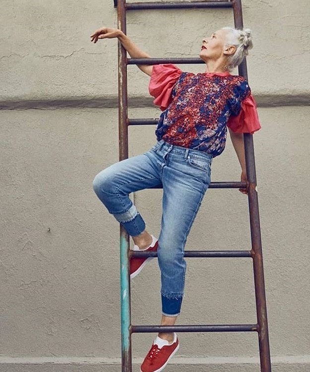 Sara Jane Adams on the ladder | 12Over-50 Women With Ridiculously Good Style | Her Beauty