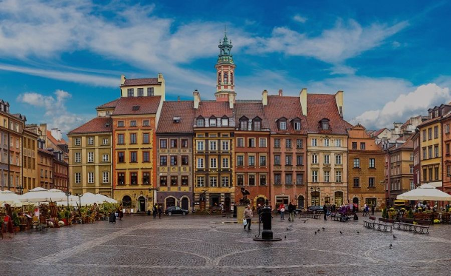 Warsaw, Poland | 10 of Europe's Cheapest Cities for Fall Travel | Her Beauty