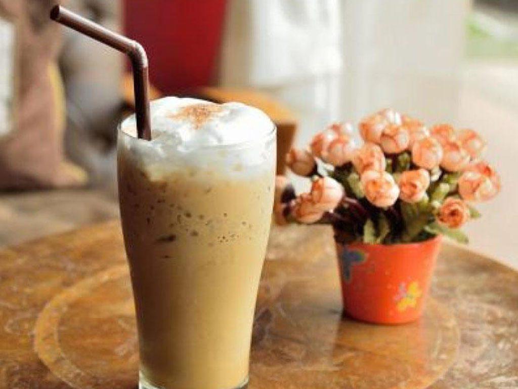 Гляссе | 10 крутых рецептов холодного кофе | HerBeauty