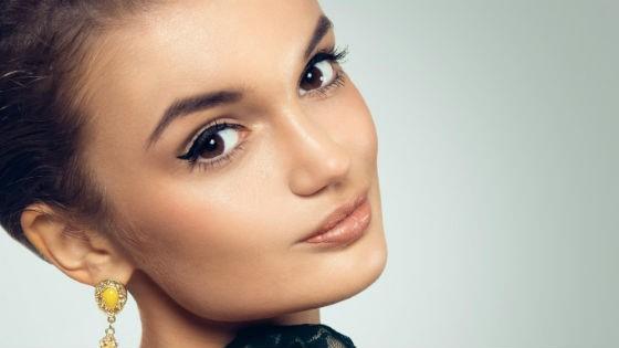 Аккуратные стрелки | Макияж для нависшего века: 7 основных правил | Her Beauty