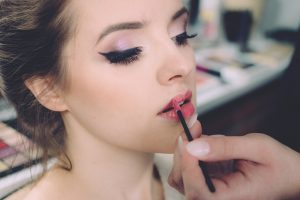 The Perfect Makeup Guide For Beginners | Her Beauty