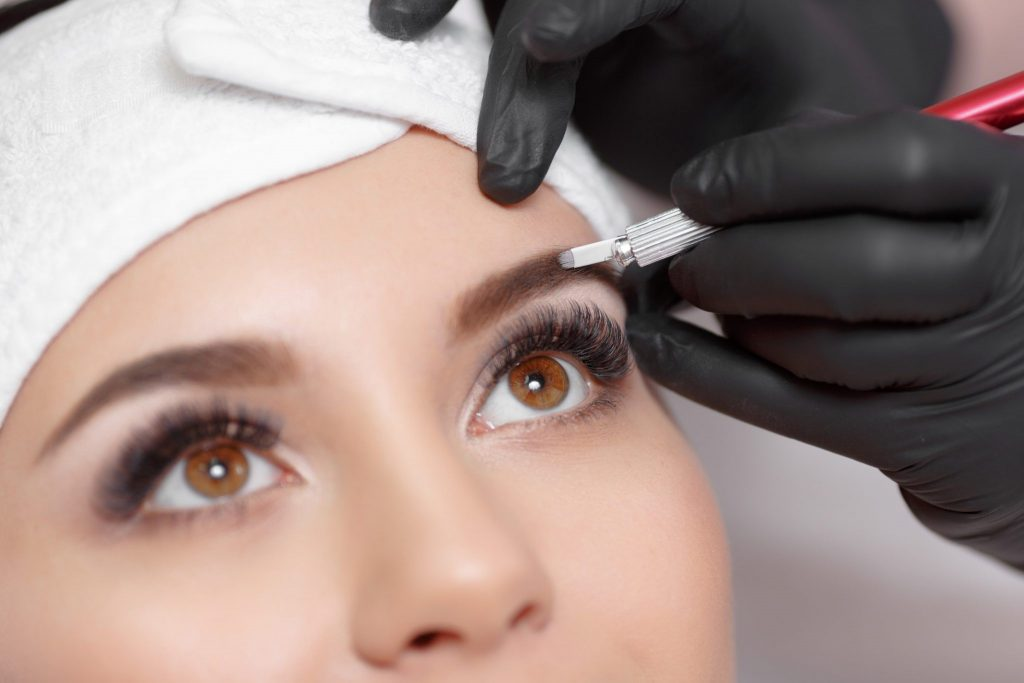 Коррекция перманентного макияжа   Перманентный макияж бровей: плюсы, минусы и основные виды   Her Beauty