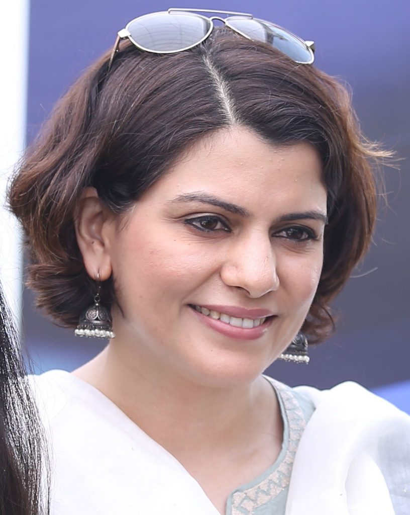 निधि राजदान | भारतीय टी. वी. में शीर्ष स्तर की छः सफल समाचार उद्घोषिकाएँ | Her Beauty