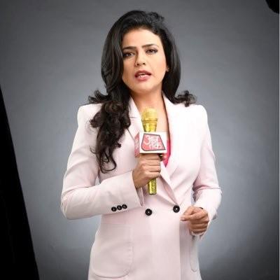 श्वेता सिंह | भारतीय टी. वी. में शीर्ष स्तर की छः सफल समाचार उद्घोषिकाएँ | Her Beauty