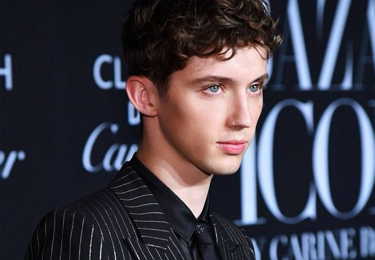 12 Reasons We Love Troye Sivan | Her Beauty