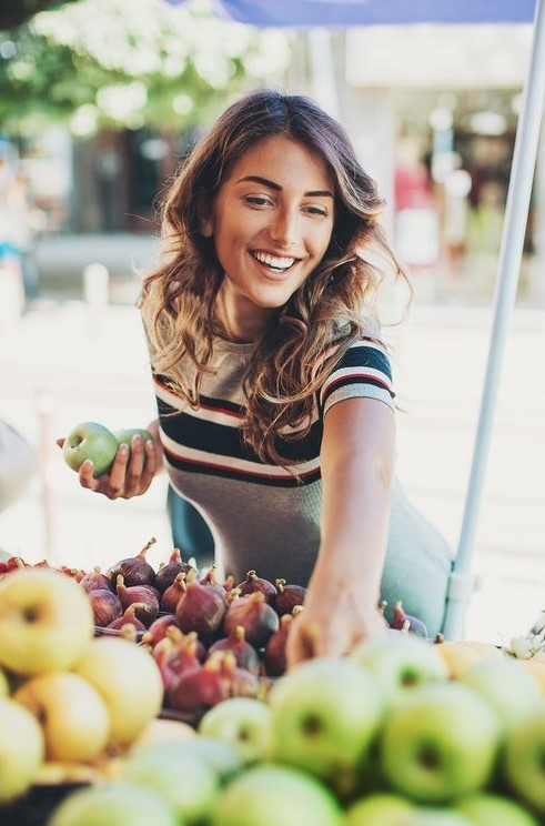 Buy on farmer markets | 12 tips on how to look 30 years old when you're 50 years old | Her Beauty