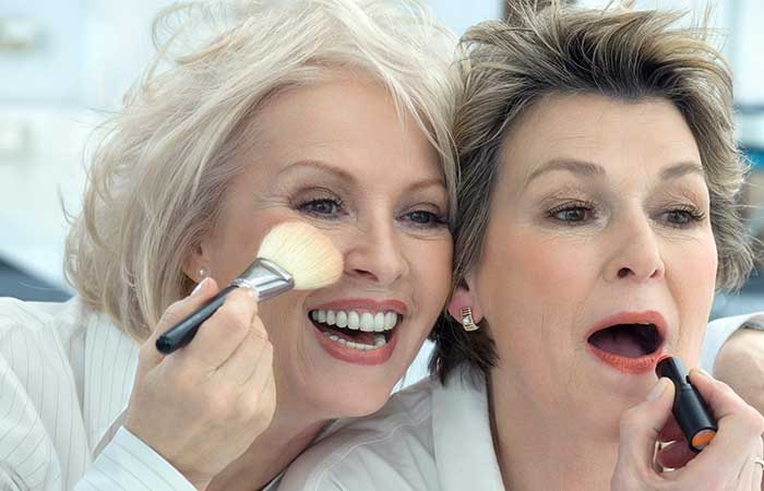 Don't stick with the same makeup as you grow older | 12 Tips on How to Look 30 Years Old When You're 50 Years Old | Her Beauty