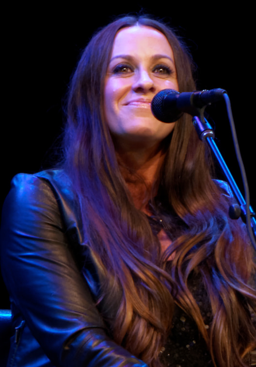 Alanis Morissette | 15 Interesting Katy Perry Facts You Never Knew | Her Beauty