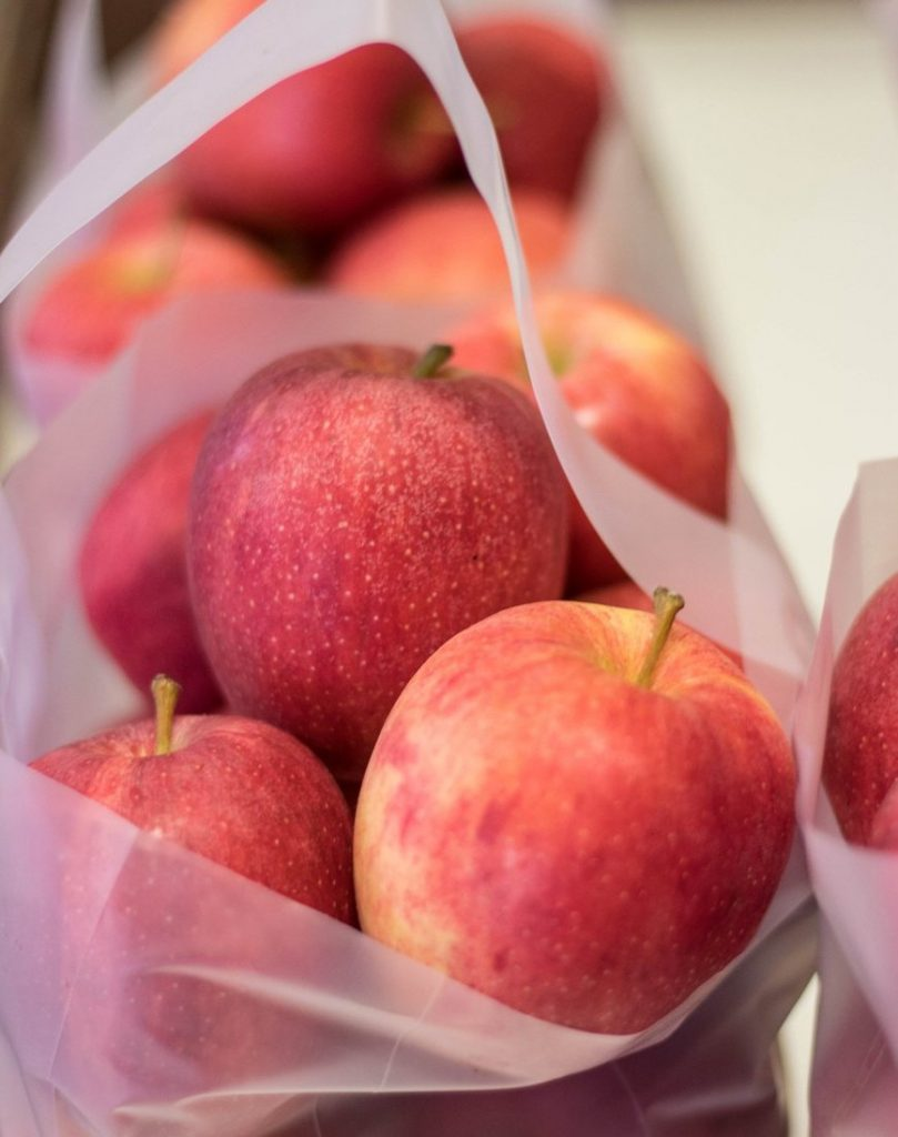 Apples  | 12 Foods You're Storing Incorrectly | Her Beauty