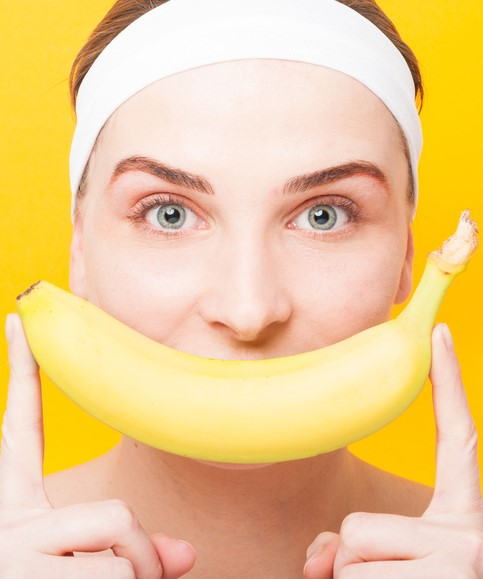 Banana facial mask | 6 Natural Home Remedies for Wrinkles | Her Beauty