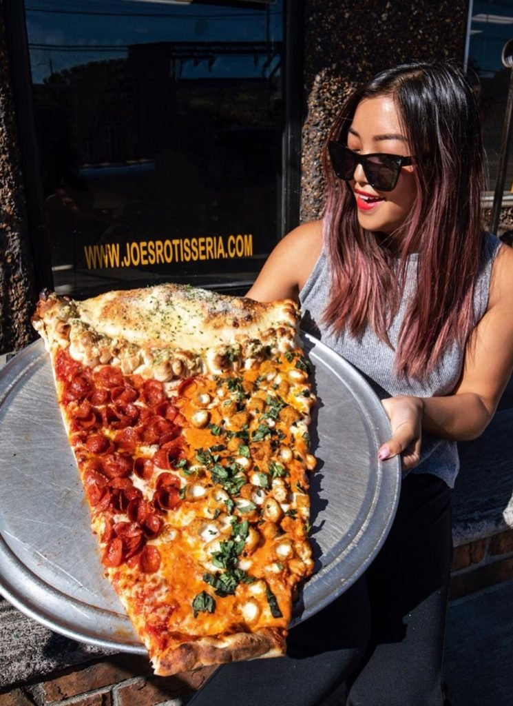 2-foot long slice pizza   New Foodie Trend Is A Giant Pizza Slice – The Biggest You've Seen   Her Beauty