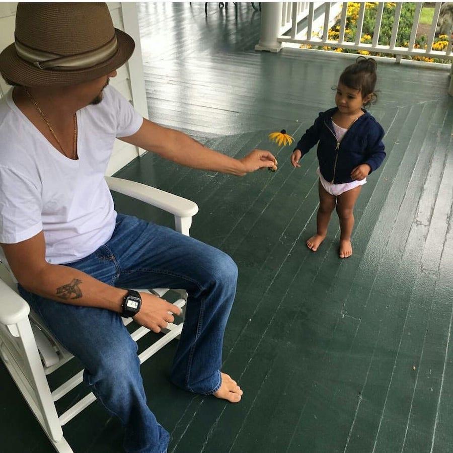 Kid Rock | 12 Celebrity Grandpas With Their Grandchildren Will Melt Your Heart | Her Beauty