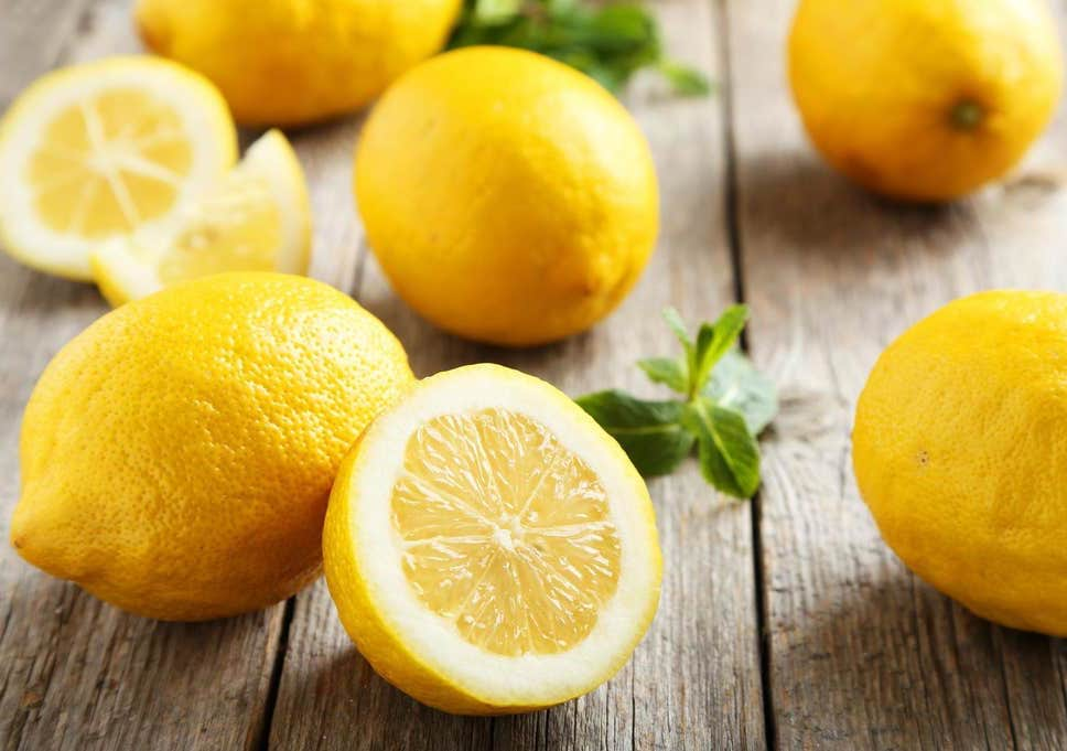 Lemons and other citrus fruits  | 10 Best Natural Skin Exfoliators | Her Beauty
