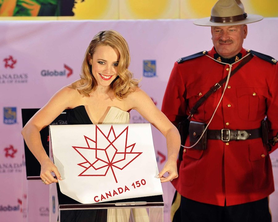 She Still Lives In Canada | 10 Facts About Rachel McAdams We Didn't Know | Her Beauty