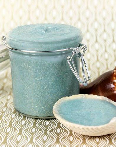 Shimmering sea sault scrub | 10 DIY Homemade Sea Salt Scrubs Recipes | Her Beauty