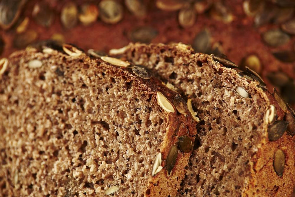 Whole Grain Bread | 9 Best Healthy Foods to Gain Weight Fast | Her Beauty