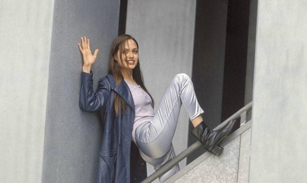 К 18 годам Джоли перепробовала  все виды наркотиков | 11 малоизвестных фактов об Анджелине Джоли | Her Beauty
