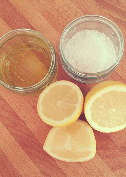 Lemon thyme body scrub ingridients | 10 DIY Homemade Sea Salt Scrubs Recipes | Her Beauty