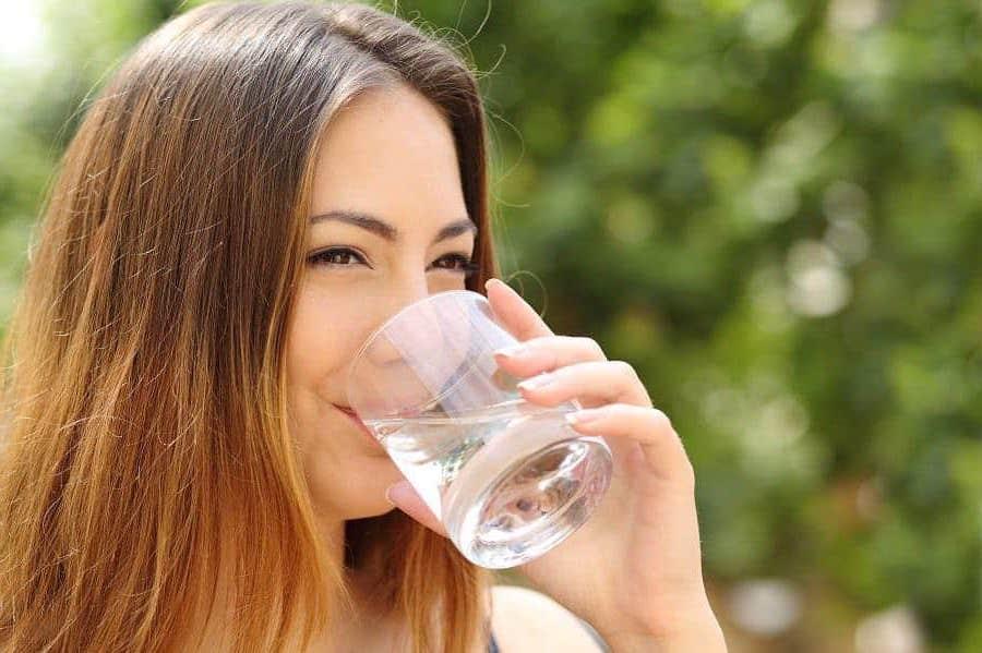 Пить много воды | Как избавиться от целлюлита в домашних условиях | Her Beauty