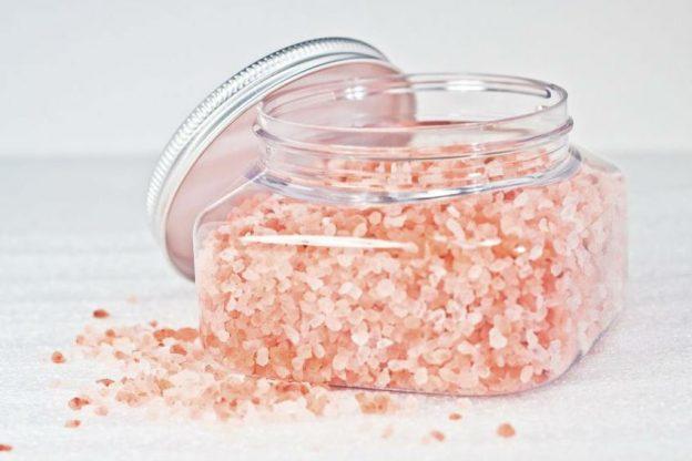 7 benefícios surpreendentes de beleza do sal marinho| Her Beauty