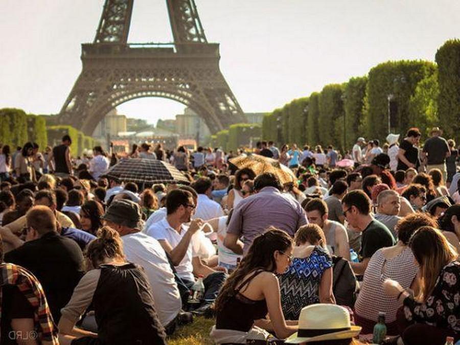 Толпы туристов | 8 причин, почему туристы разочаровываются в Париже | Her Beauty