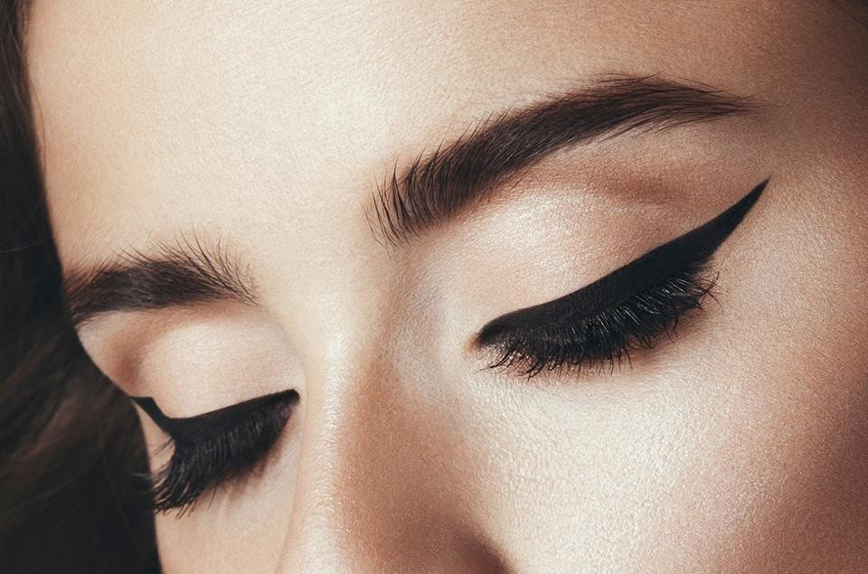 Cat Eye Eyeliner | 9 Classic Makeup Looks to Rock | Her Beauty