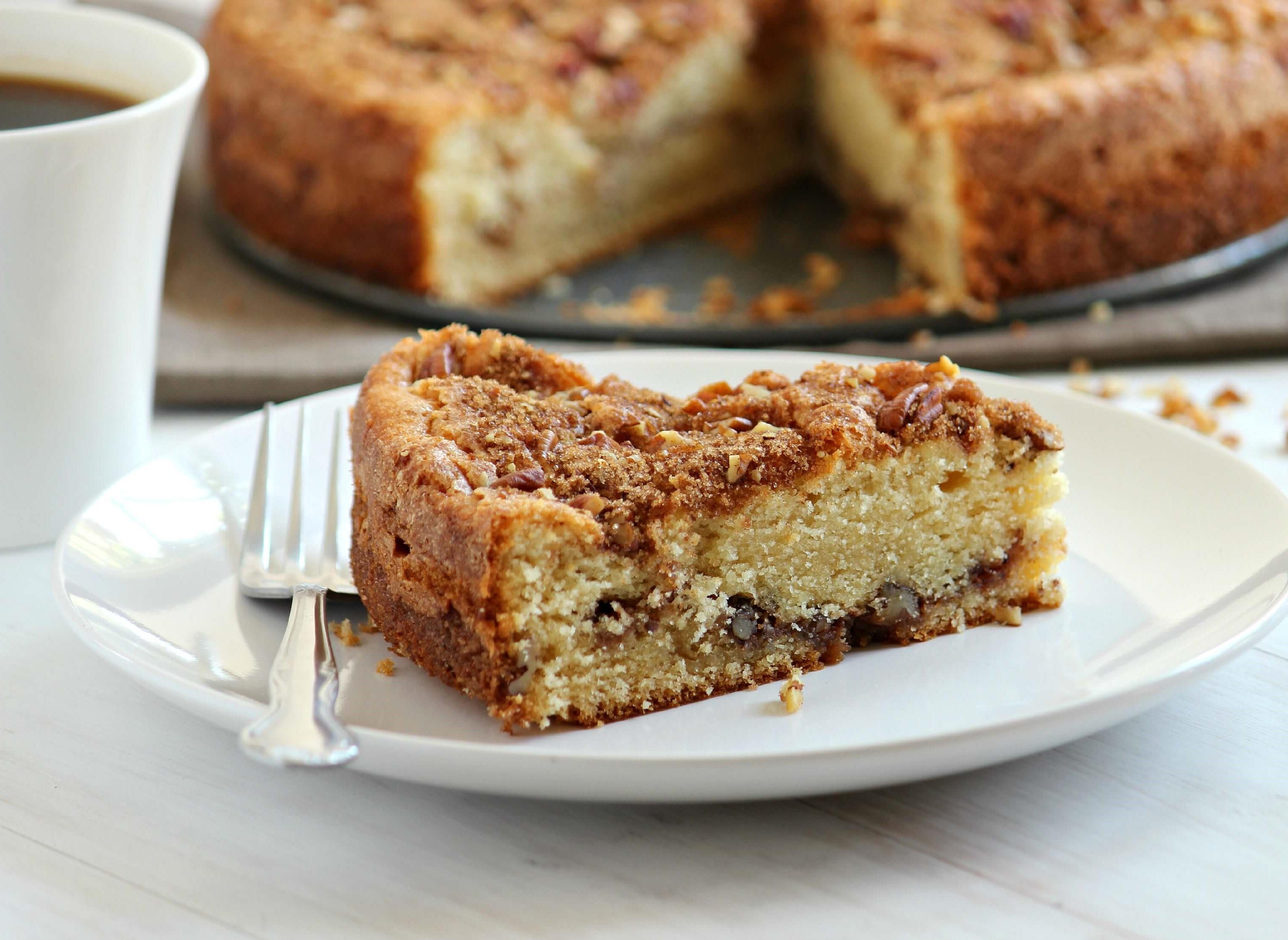 Cinnamon coffee cake | 12 Cozy Fall Breakfast Ideas | Her Beauty