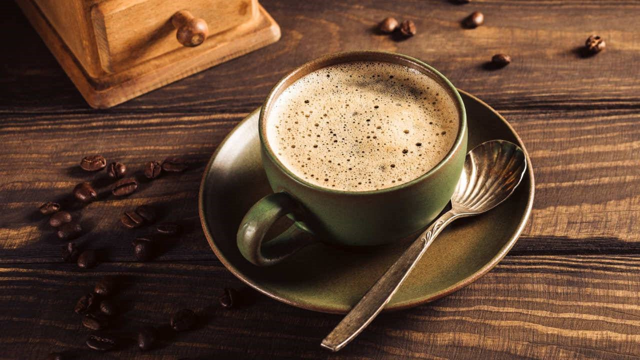 Coffee | 7 Foods That Are Ruining Your Skin | Her Beauty
