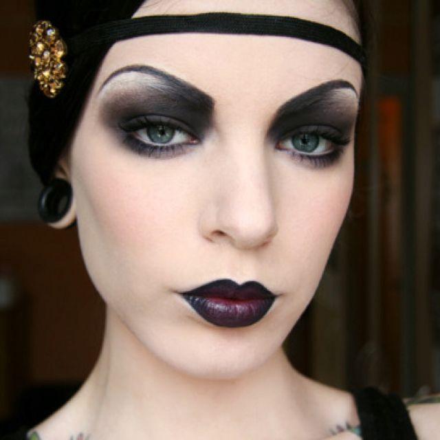 Creepy roaring twenties  |  11 Creepy and Cool Halloween Makeup Ideas to Try This Year |  HerBeauty