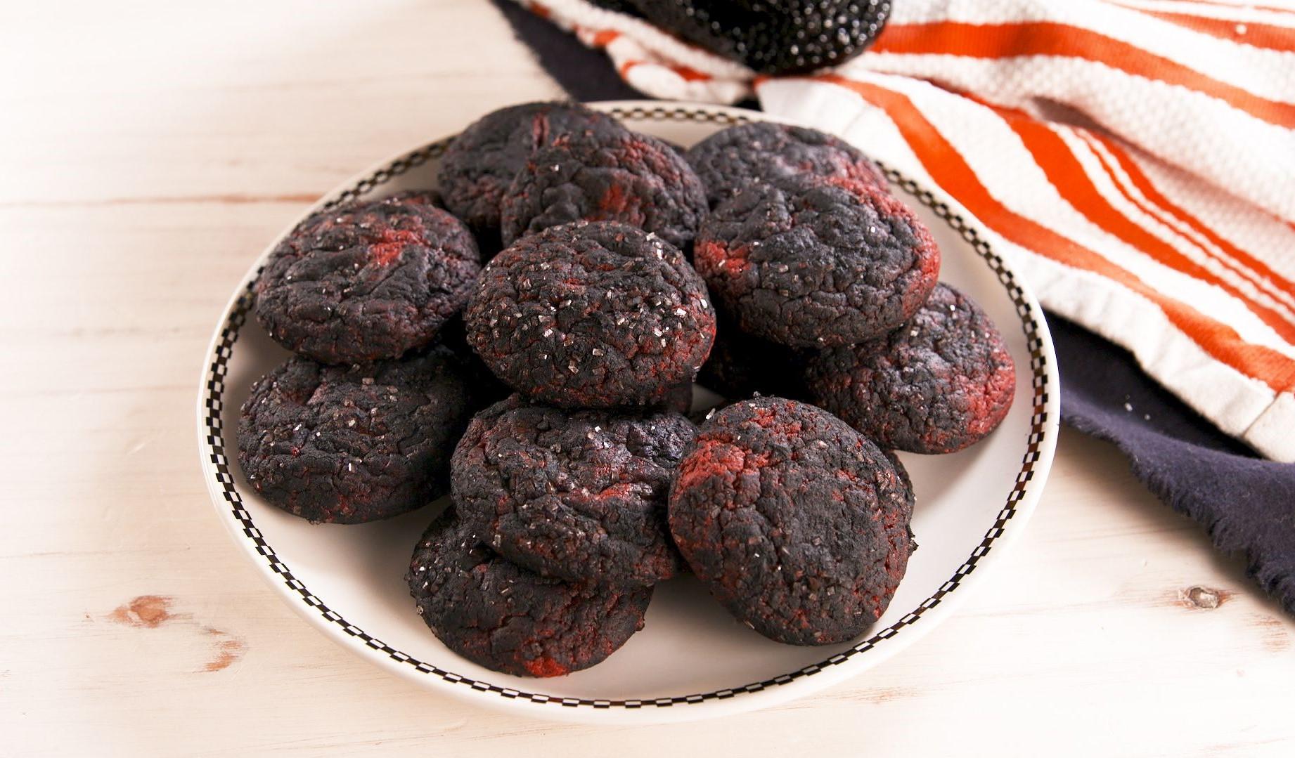 Death by Halloween cookies | 15 Easy Halloween Cookie Ideas | Her Beauty