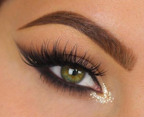 Highlighter | Smokey Eye Tutorial for Beginners | Her Beauty