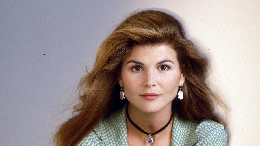 Lori Loughlin Started Young    | 8 Lesser Known Facts About Lori Loughlin  | Her Beauty