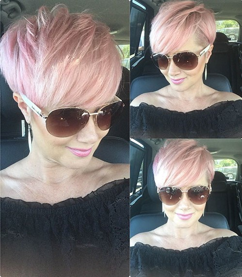 Short feathered pastel hairstyle | Short Hairstyles For Women Over 50 | Her Beauty