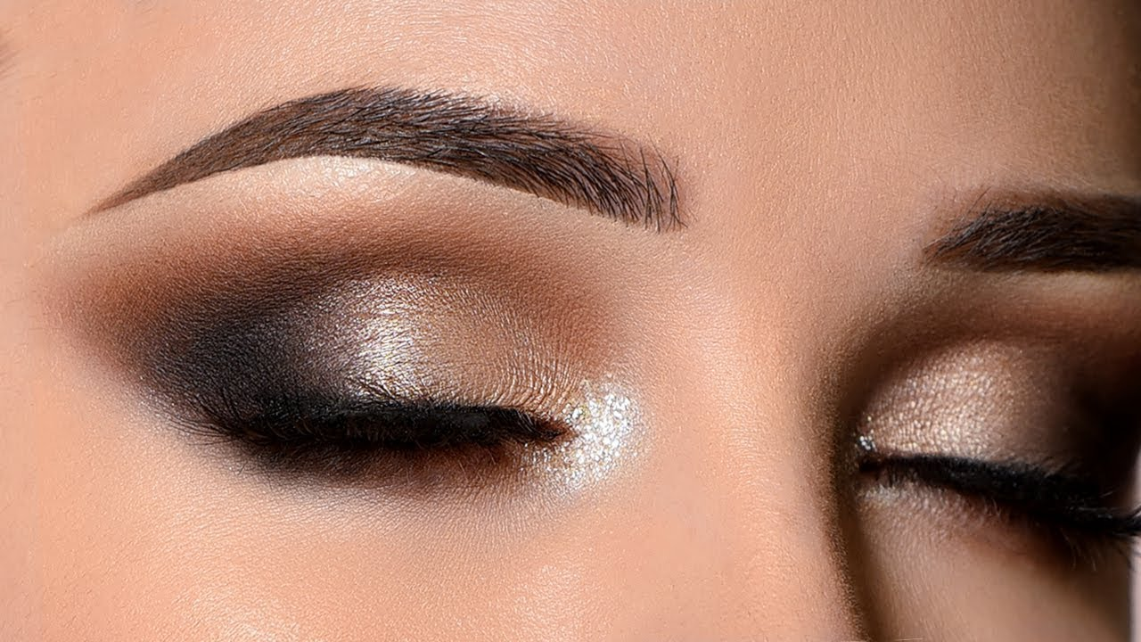 Smokey Eye | 9 Classic Makeup Looks to Rock | Her Beauty