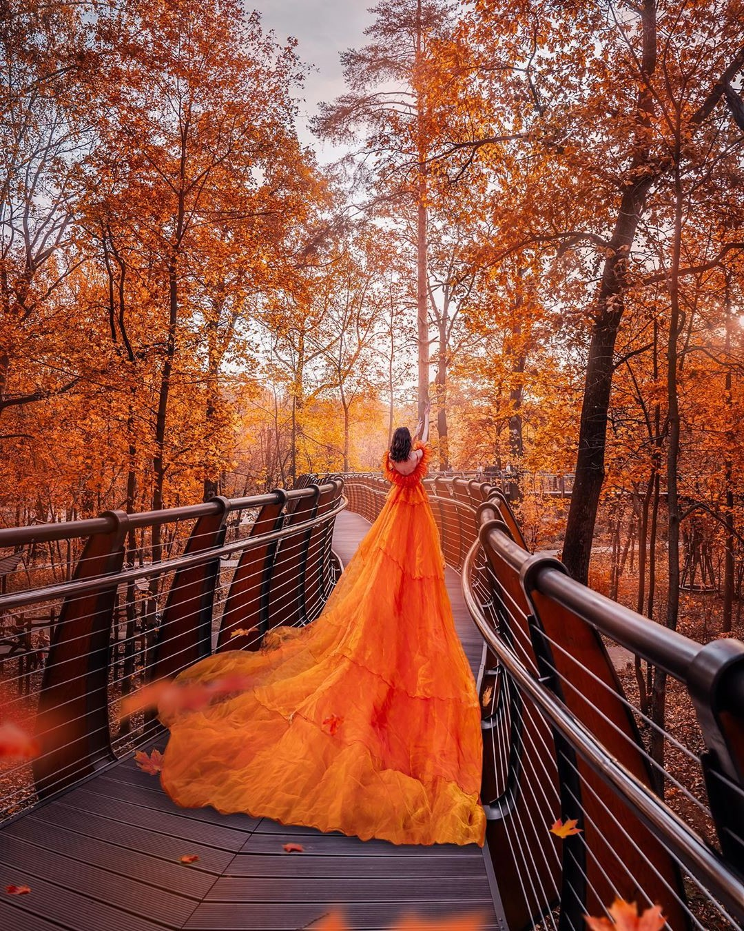 Photographer Shoots Dreamy Gowns Against Jaw-Dropping Scenery #2 | Her Beauty