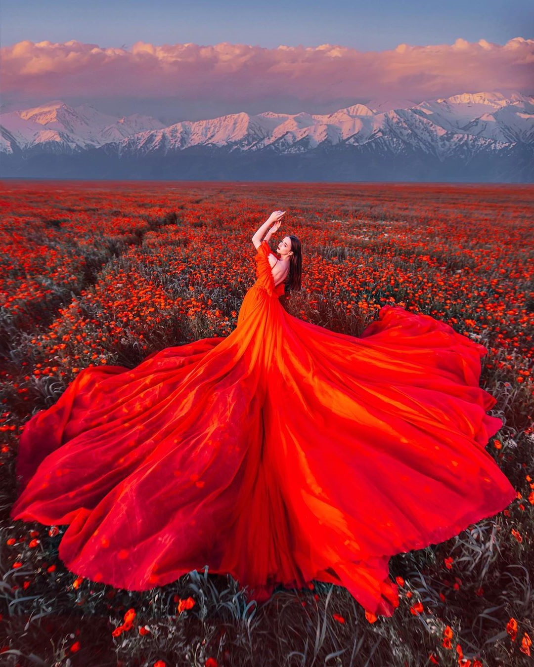 Photographer Shoots Dreamy Gowns Against Jaw-Dropping Scenery #5 | Her Beauty