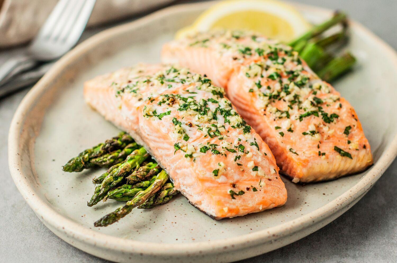 7 Health Benefits of Salmon   Her Beauty