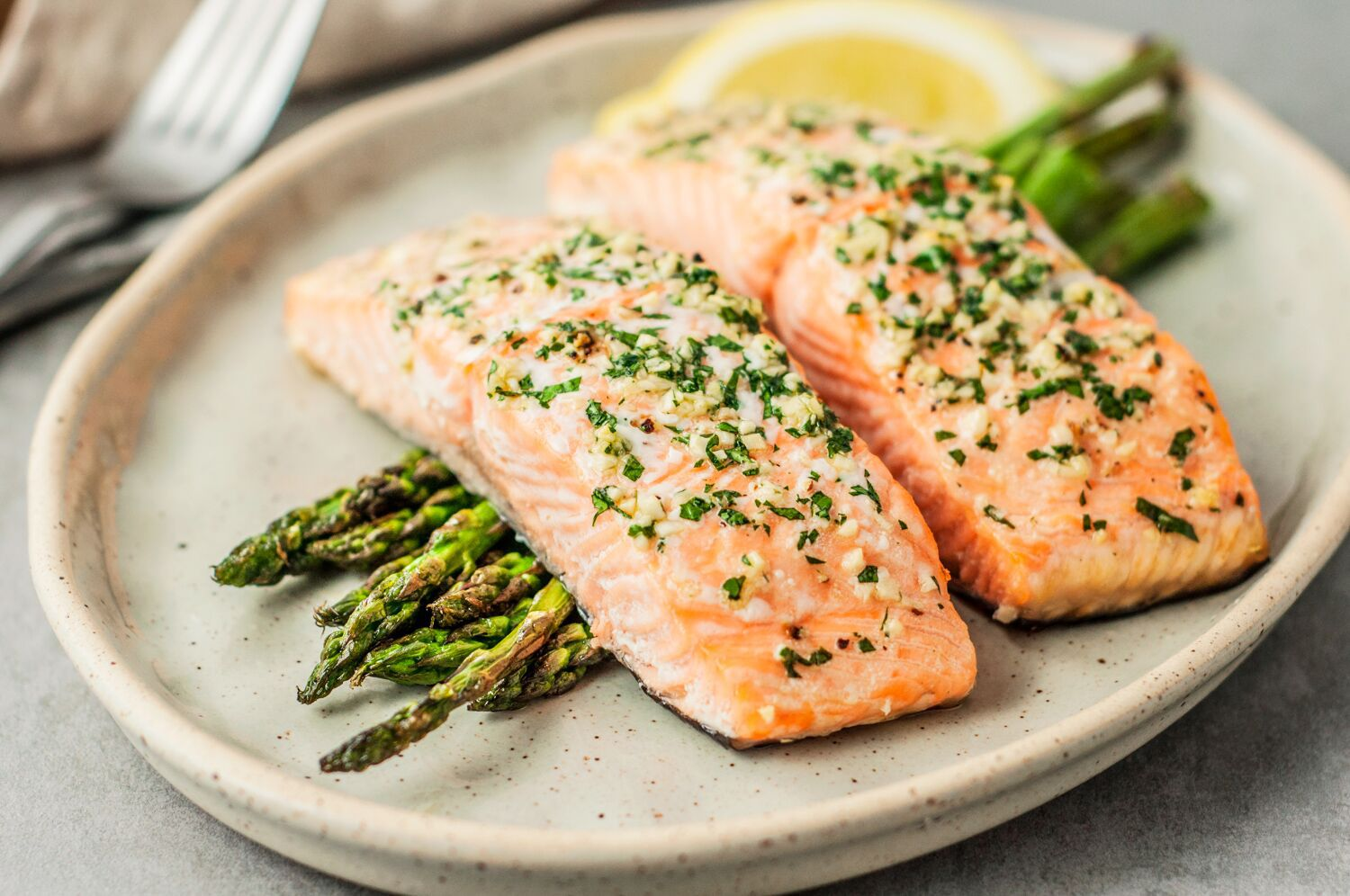 Low in fat | 7 Health Benefits of Salmon | Her Beauty