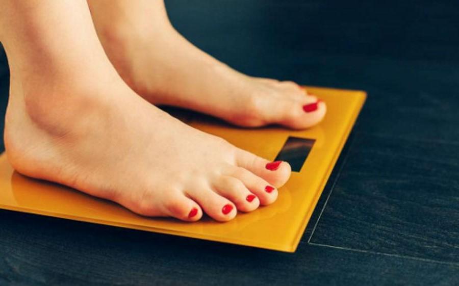 Hãy thôi ám ảnh về việc thừa cân | 7 bước nhỏ để học cách yêu lấy cơ thể của bạn | Her Beauty