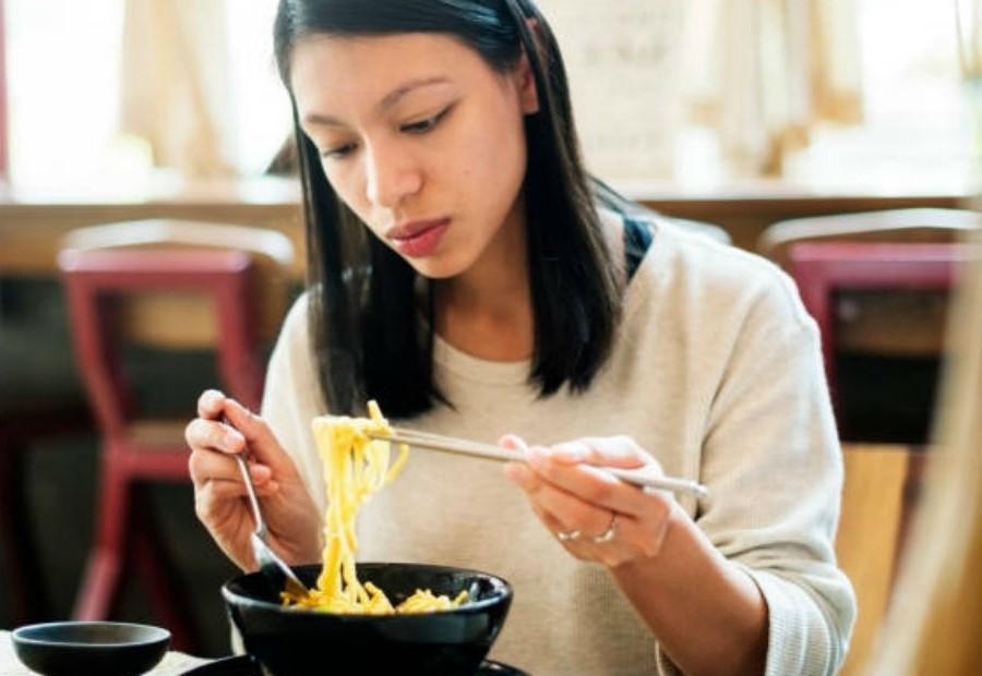 Bỏ chế độ ăn kiêng giảm cân nhanh | 7 bước nhỏ để học cách yêu lấy cơ thể của bạn | Her Beauty