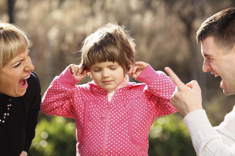 Будешь плохо себя вести, отдам милиционеру | 8 фраз, которые нельзя говорить ребенку | Her Beauty