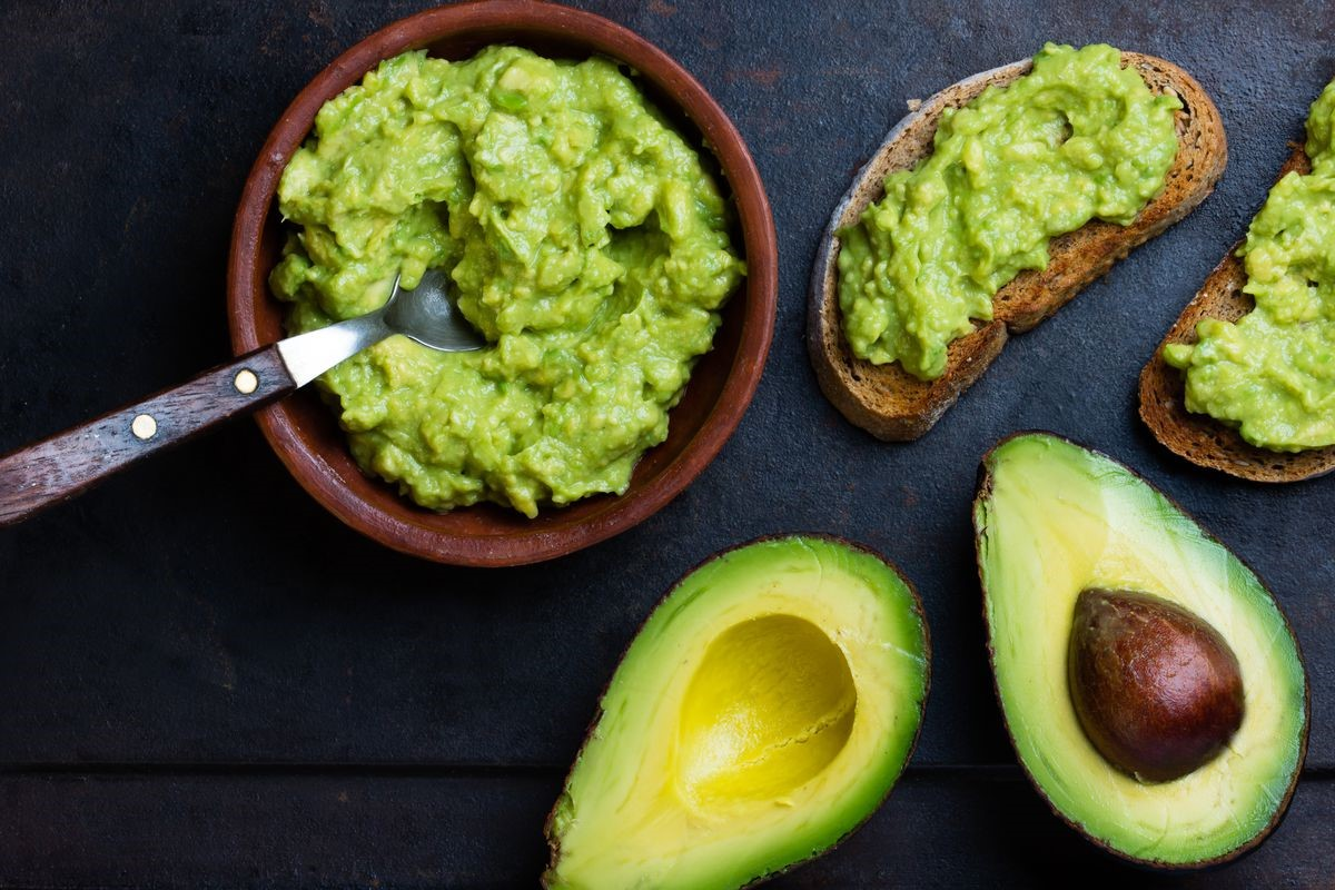 Avocados | 10 Foods That Treat Skin Conditions | Her Beauty