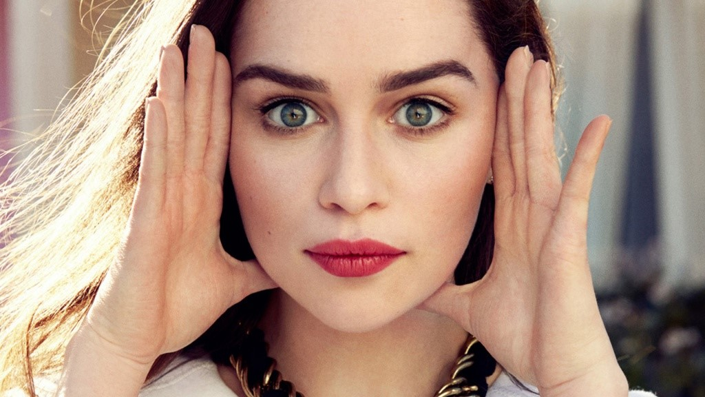 She's Got Beautiful Eyes | 8 More Reasons to Love Emilia Clarke | Her Beauty