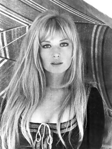 Monica Vitti | Le attrici italiane più famose del XX secolo | Her Beauty
